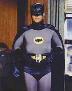 1aa85050-a3a5-45b9-bf3e-8840265bf0ed batman Adam West