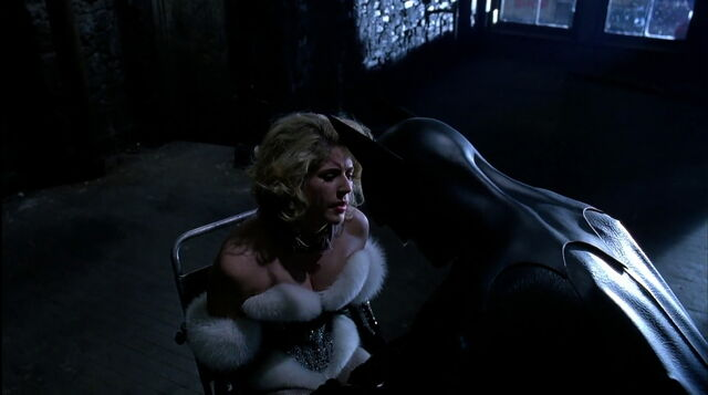 File:Batman-returns-disneyscreencaps.com-8830.jpg