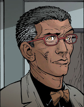 File:Lucius Fox New 52.png