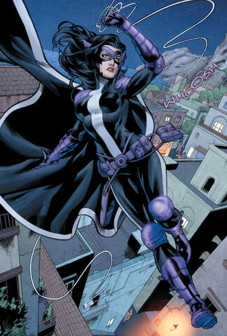 File:2147067-huntress profile.jpg