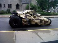 Rocket-Launcher-Tumbler-The-new-Batman-film-Dark-Knight-Rises