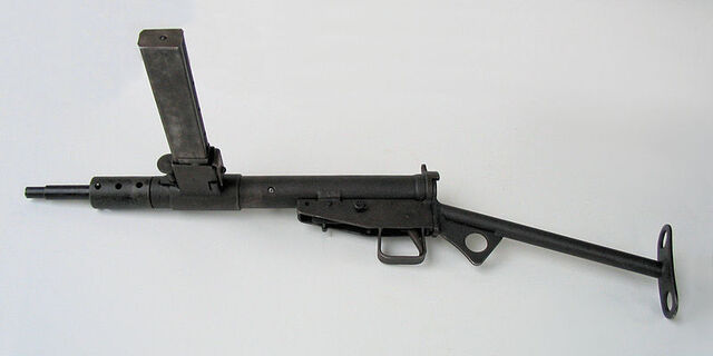 File:800px-Pistolet maszynowy STEN, Muzeum Orła Białego.jpg