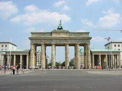 Berlin-brandenburg-gate.jpg
