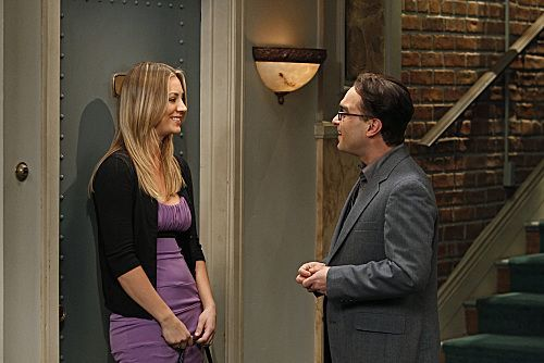 File:BBT - Leonard and Penny 2.jpg