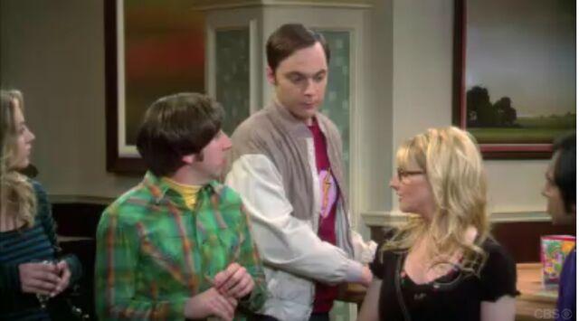 File:The Countdown Reflection Howard, Sheldon and Bernadette.jpg