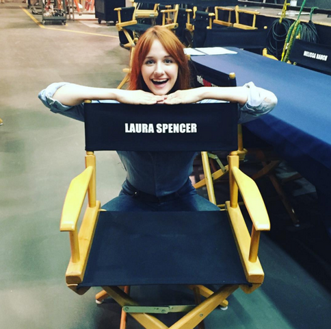 File:LauraChair2.png
