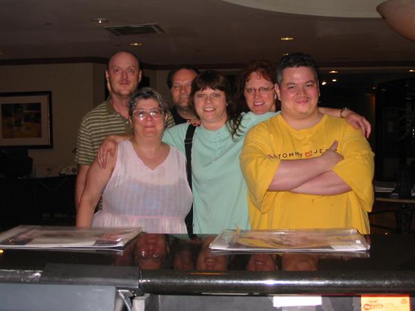 File:Pkb.bionicon2006friends.jpg