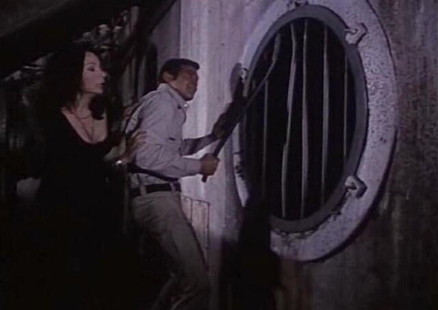 File:LotFoJ-Steve and Violette Escape.jpg