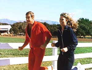 The Bionic Woman - Jaime and Steve running