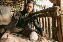 Black-sails-season-3-luke-arnold-02