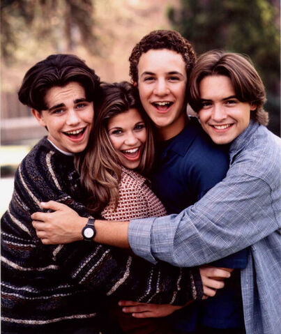 File:Season4gang.jpg
