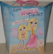 Bratz World Familiez Cloe & her Mom Polita Back
