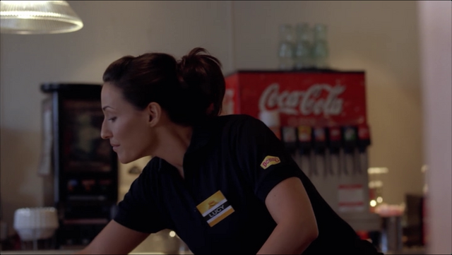 File:Lucy - waitress 2.png