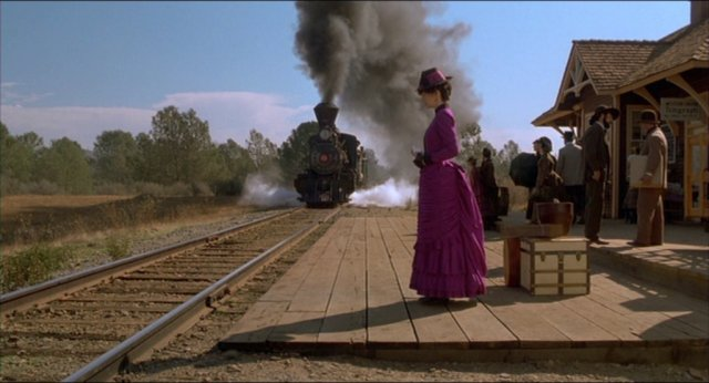 File:Hill Valley Railway Station.jpg