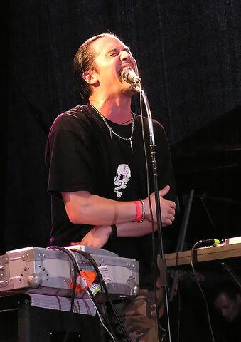 File:Mike Patton with Fantômas Quart Festival Norway 2005.jpg