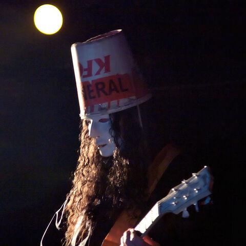 File:Buckethead, 2006.jpg