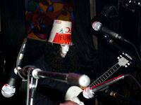 Buckethead tocando en vivo