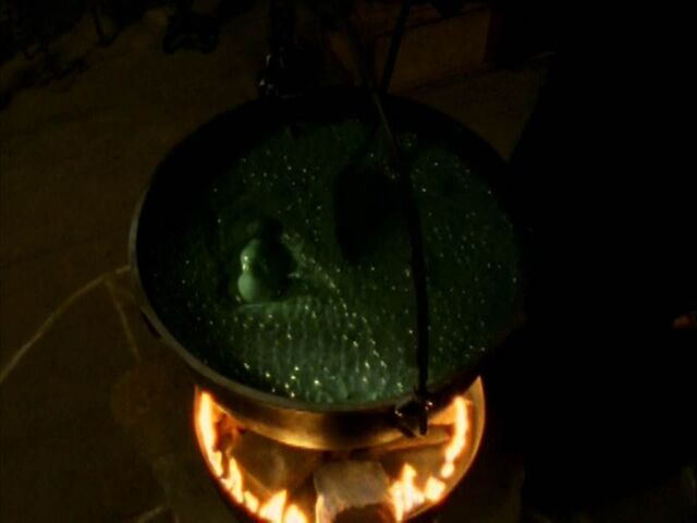 File:Witch cauldron.jpg