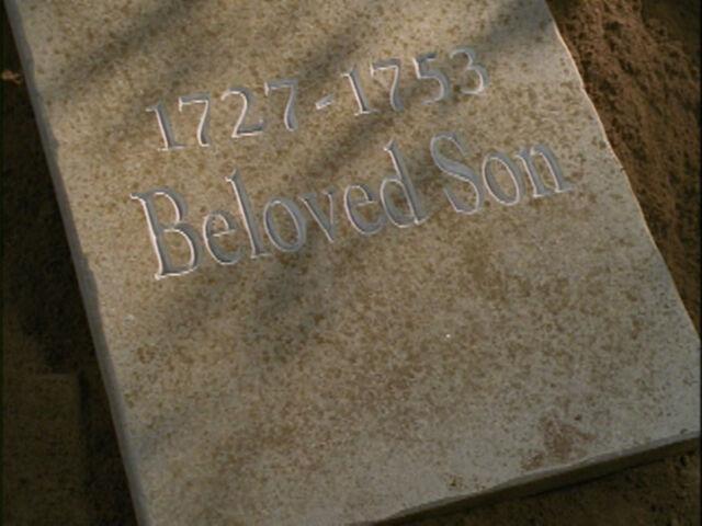 File:Liam's grave.jpg