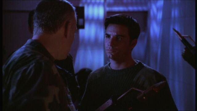 File:Buffy421 stavros.jpg