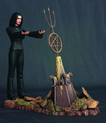File:Dark Willow Statue.jpg