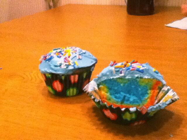 File:IW's Rainbow Cupcakes.JPG