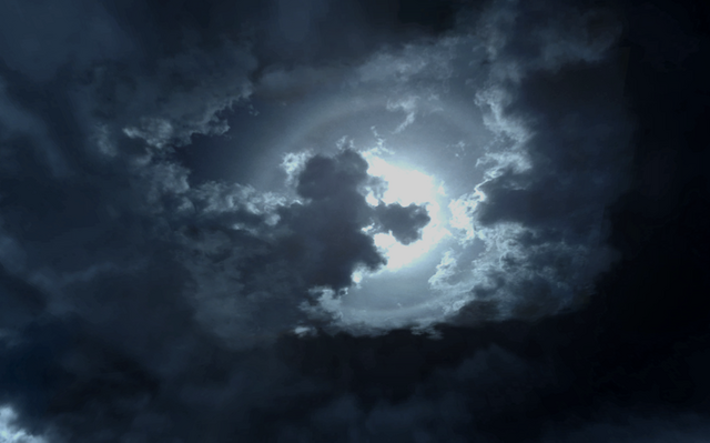 File:Cloud looking like a dog Wet Work COD4.png