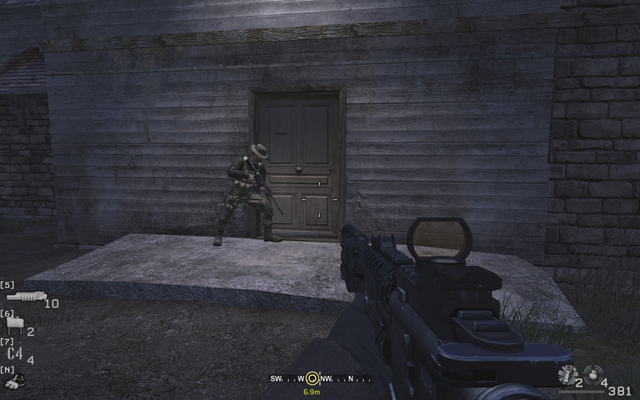 File:Breaching and entering house Blackout CoD4.png