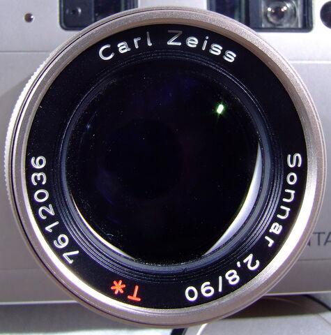File:Contax G1 03.jpg