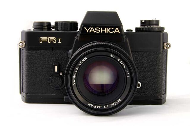 File:Yashica fri obj 50mm.jpg