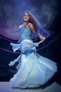 Chloë Agnew twirling around
