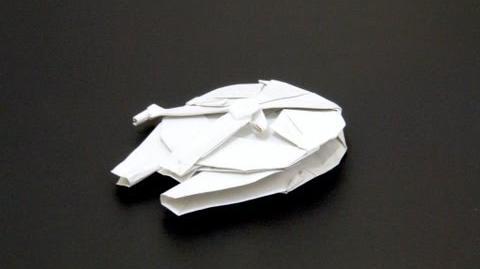 Origami Millennium Falcon (Shu Sugamata)