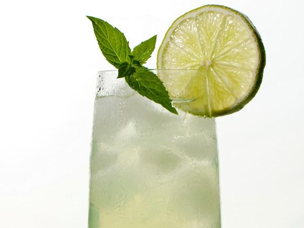 File:Greenteacocktail.jpg