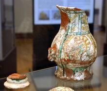 4100 - Milano - Antiquarium - Boccale maiolica del XV secolo - Foto Giovanni Dall'Orto - 14-July-2007.jpg