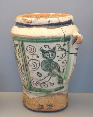 Mortar with birds, Teruel, Spain, late 17th century AD, ceramic - Museo Nacional de Artes Decorativas - Madrid, Spain - DSC08218.JPG