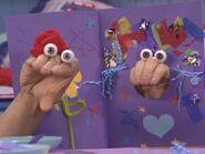 Oobi Kako Noggin Nick Jr Hand Puppet TV Show Character 13
