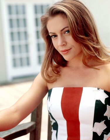 File:Alyssa Milano (13).jpeg