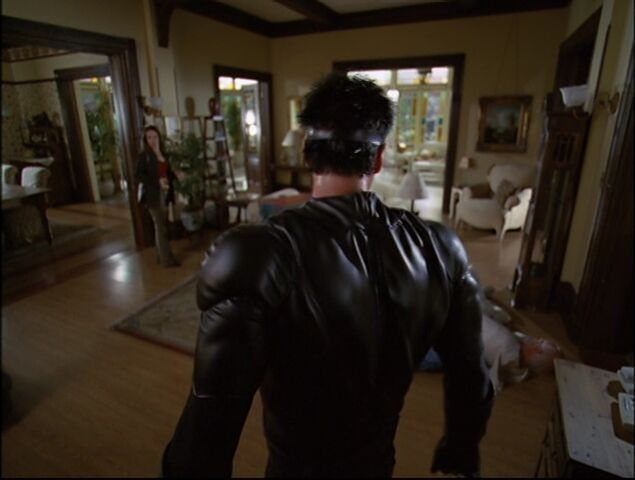 File:Charmed - S05E05 - Episode 93 - Witches In Tights.mkv 001165197.jpg