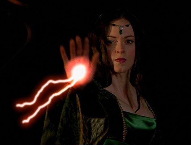 File:4x06-25-evil-enchantress.jpg