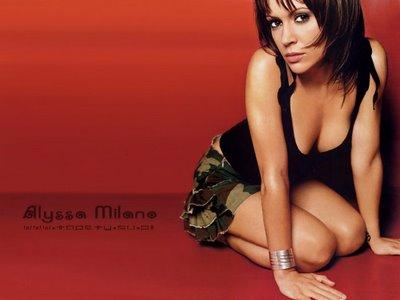 File:Alyssa Milano-Phoebe 115.jpg