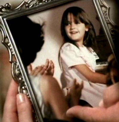 File:1x03-little-prue.jpg