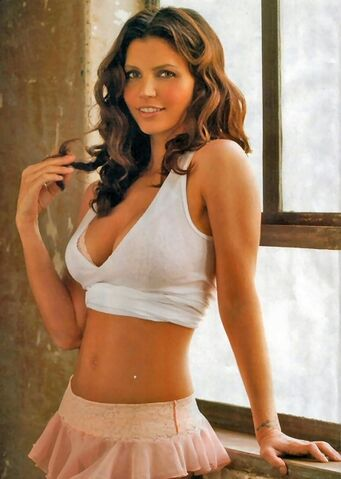 File:335-2359-charisma-carpenter-5.jpg