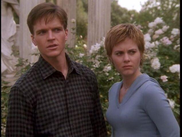 File:Elliot-allison-surprised.jpg