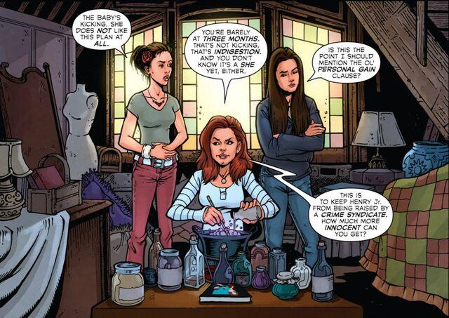 File:Phoebe Pagie Piper comic.jpg