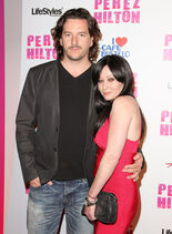 Shannen-Perez-Hilton-s-CARN-EVIL-Theatrical-Freak-Funk-32nd-Birthday-Party-shannen-doherty-11169390-440-600