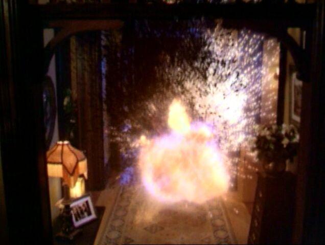 File:Charmed317 579.jpg