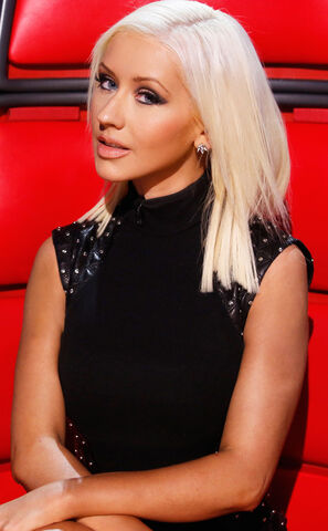 File:Rs 634x1024-131112111108-634.christina-aguilera-the-voice.ls.111213 copy.jpg