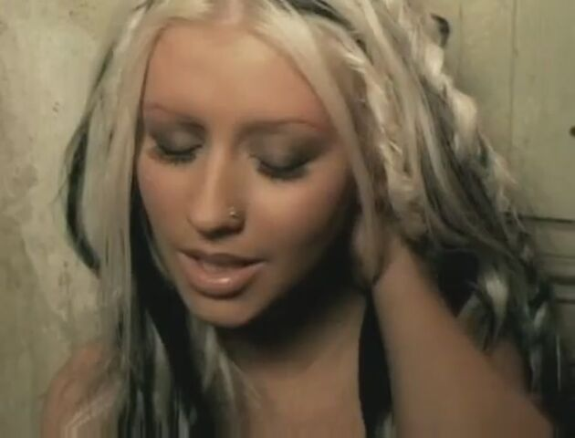 File:Beautiful-Music-Video-christina-aguilera-26415214-893-680.jpg