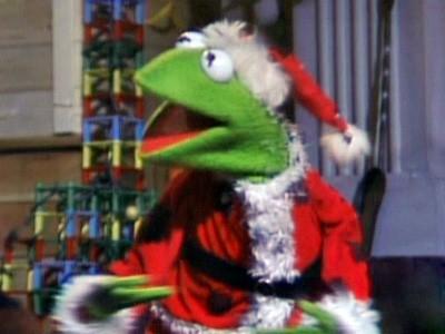 File:Kermit dressed as Santa.jpg
