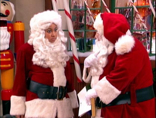 File:Raven and Santa.JPG